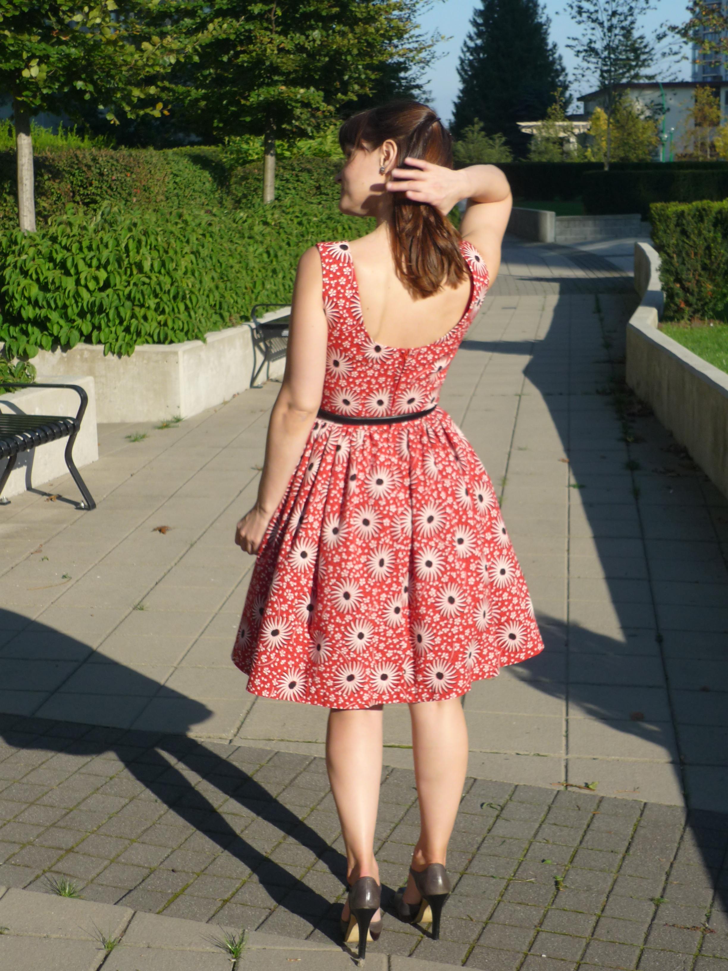 twin-spruce-dress-simplicity-3965-8.jpg