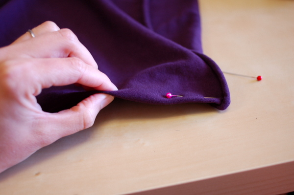 how to cut fabric on the grain