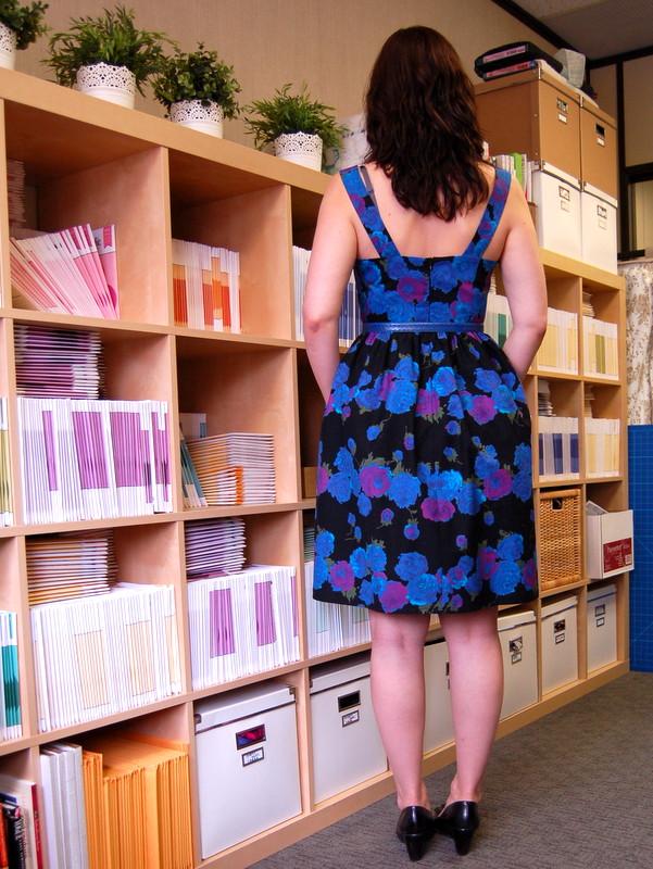 hazel dress from colette patterns back view