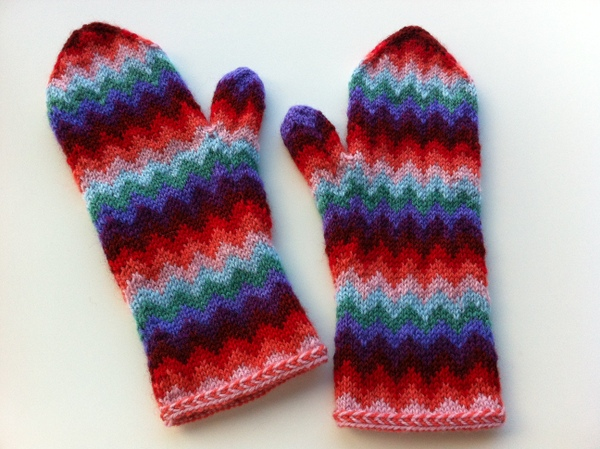 chevron mittens - love them!