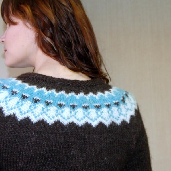 strokkur icelandic pullover yoke detail
