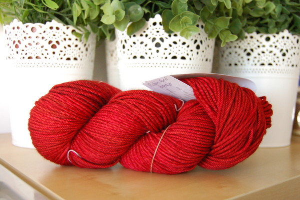red yarn for aesderina hat