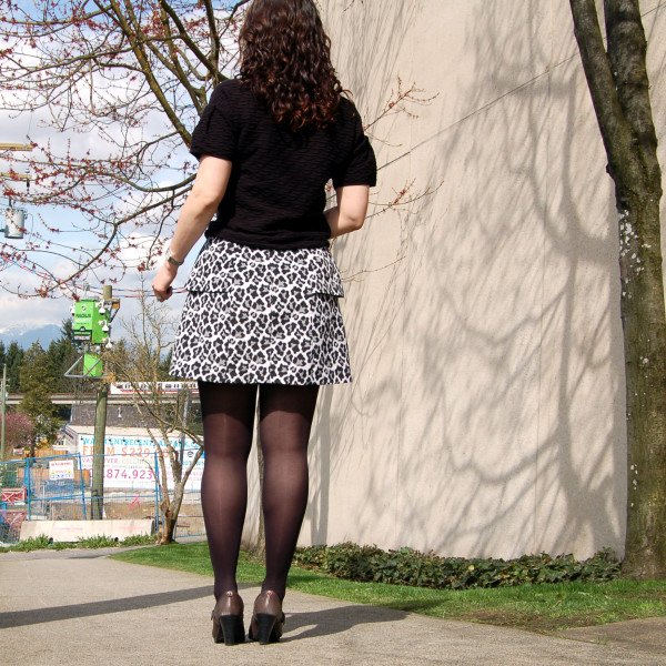 anemone skirt by deer and doe animal print back view