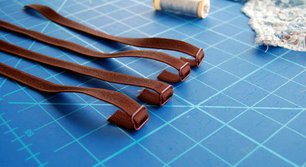 making garter belt straps