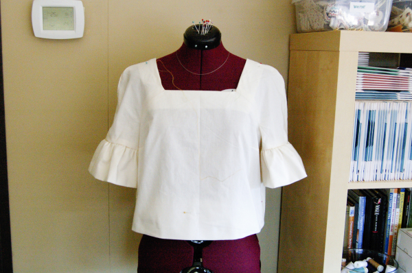 muslin of cropped burda top