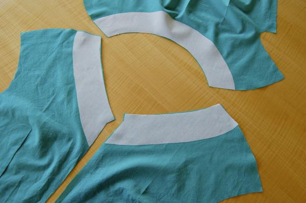 burda 6977 peplum top - interfacing goes on lining not main fabric
