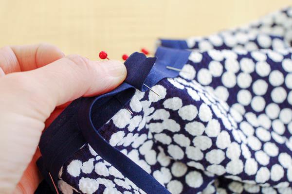 how to sew the davie dress neckline-4