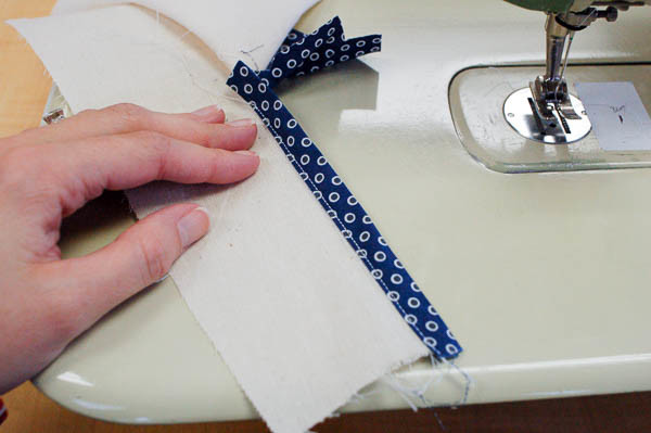 sewing a tailored shirt placket-13