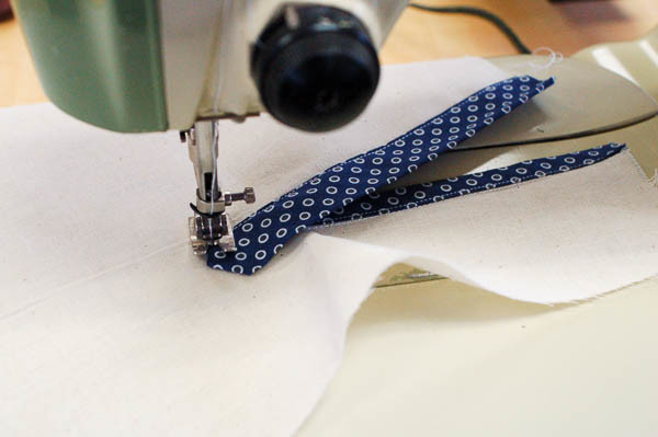 sewing a tailored shirt placket-21