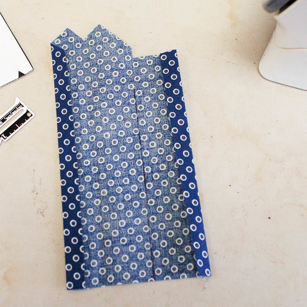 sewing a tailored shirt placket-3