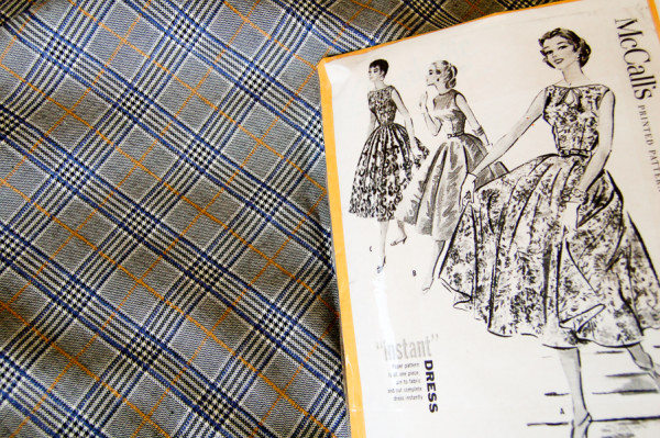 plaid circle skirt sewing plans-1