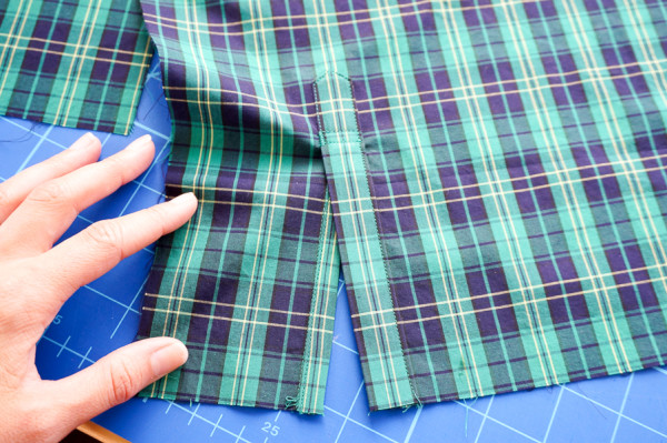 sleeve placket plaid matching on the plaid granville shirt-1-10