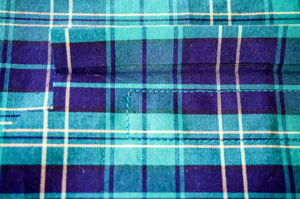 sleeve placket plaid matching on the plaid granville shirt-1-4