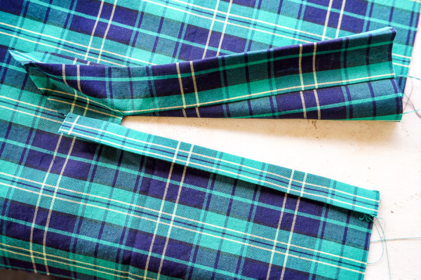 sleeve placket plaid matching on the plaid granville shirt-1-6