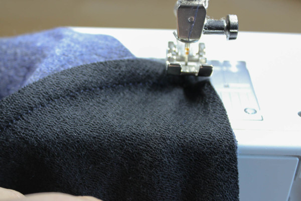 Fraser Sweatshirt Collar Tutorial 14